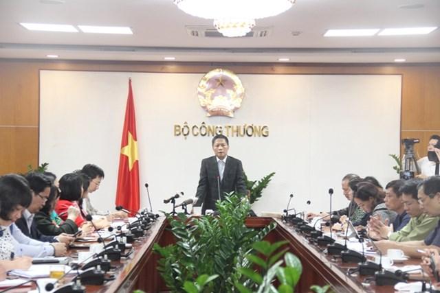 Bộ trưởng Trần Tuấn Anh:  Phải đảm bảo nguồn cung các mặt hàng thiết yếu