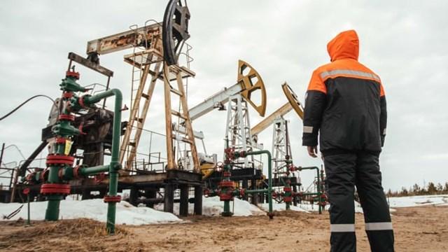 Giá dầu về đâu sau quý tăng mạnh nhất 30 năm