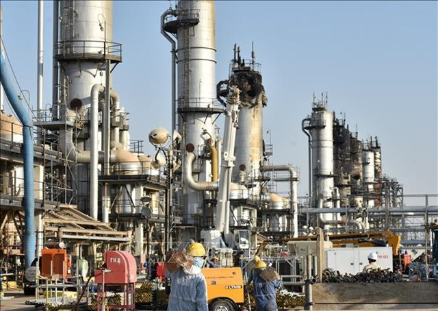 Saudi Arabia và Iraq cam kết tuân thủ thỏa thuận cắt giảm sản lượng OPEC+