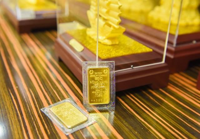Mốc tiếp theo của giá vàng 55 triệu đồng/lượng có khả thi?