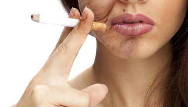 Những tác hại của thuốc lá đối với tóc và làn da