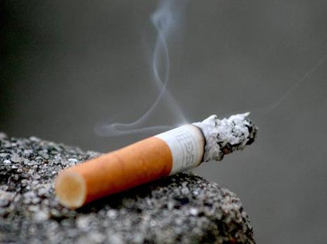 Nguy cơ mất thính giác từ hút thuốc lá và khói thuốc lá