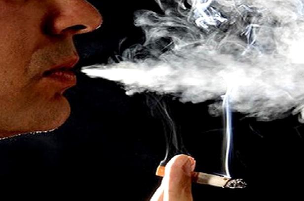 Hút thuốc lá làm tăng nguy cơ mắc ung thư vòm họng