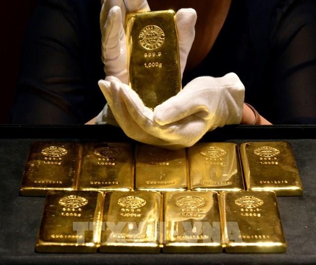 Dịch COVID-19: Nhập khẩu vàng của Ấn Độ giảm mạnh