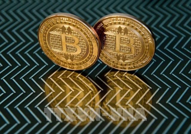 """""""Lằn ranh"""" giữa thị trường tiền điện tử và tiền pháp định đang hẹp dần?"""