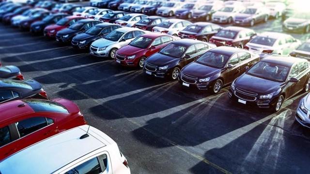 Vì sao Mỹ lên cơn sốt giá ô tô cũ?