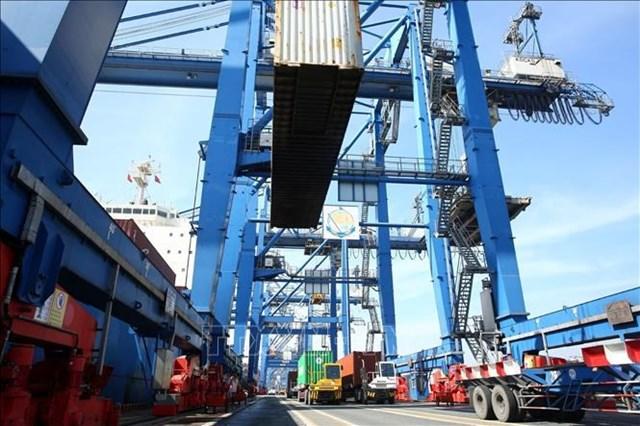 Cước vận tải biển cao, doanh nghiệp đồng loạt đầu tư thêm tàu mới