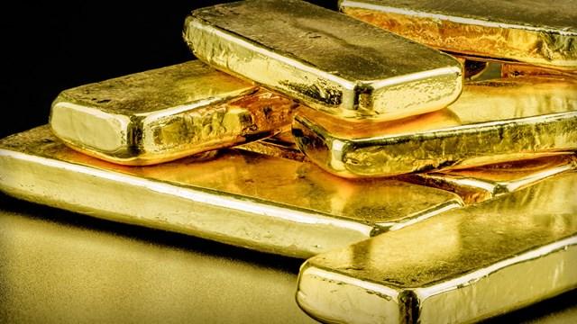 Giá vàng hôm nay 24/8 tăng vọt, vượt ngưỡng 1.800 USD