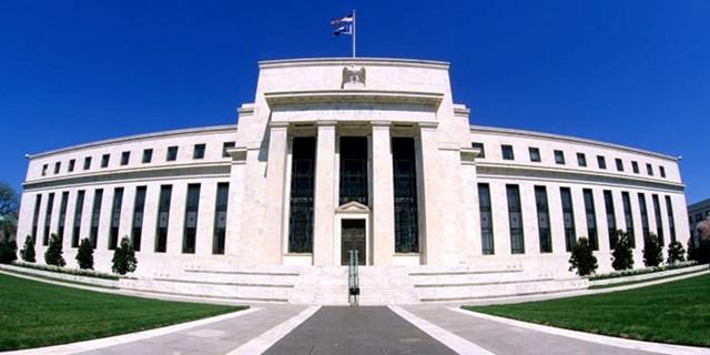 Fed giữ nguyên lãi suất lần thứ 12 liên tiếp, phát tín hiệu sắp giảm kích thích