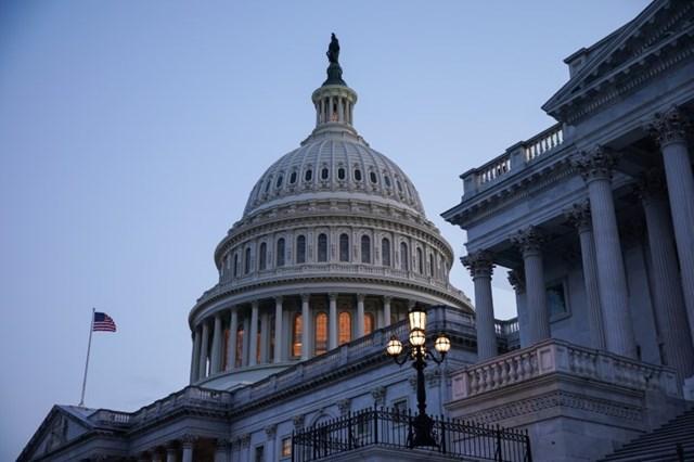 Thượng viện Mỹ thông qua dự thảo ngân sách an sinh xã hội 3.500 tỷ USD và dự luật CSHT 1.000 tỷ USD