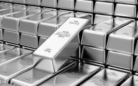Giá bạc giảm khỏi mức cao kỷ lục 8 năm