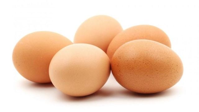Giá trứng tại Trung Quốc chạm đỉnh ba năm vì giá thịt heo tăng cao