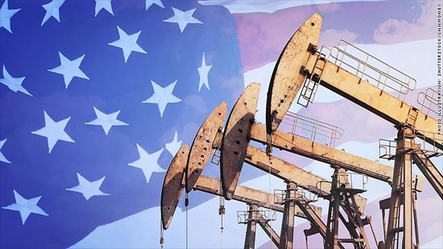 Tại sao Mỹ vẫn tăng sản lượng dầu thô ngay cả khi giá giảm mạnh?