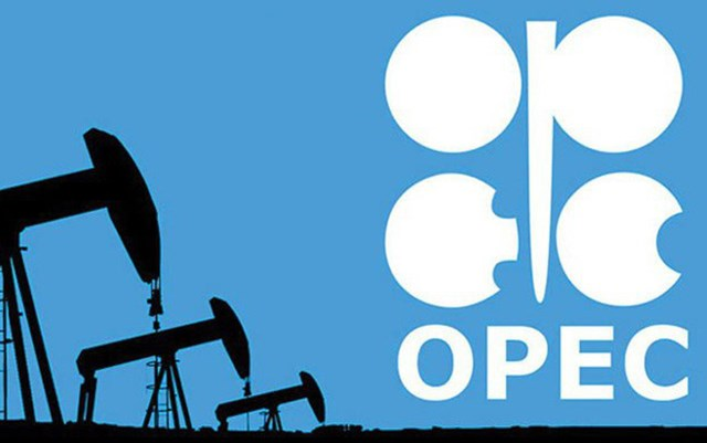 OPEC+ cắt giảm khai thác dầu đến khi nào?