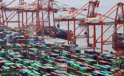 Thương mại toàn cầu giảm mạnh nhất kể từ khủng hoảng tài chính