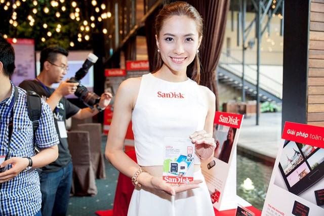 SanDisk trình làng thẻ nhớ microSD nhanh nhất thế giới tại Việt Nam