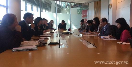 Thứ trưởng BCT Nguyễn Cẩm Tú thăm và làm việc tại Niu Di-lân và Ốt-xtrây-li-a
