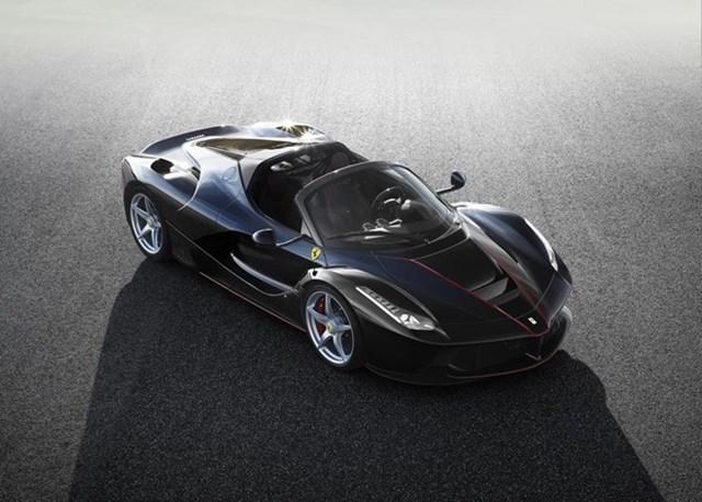 Lộ ảnh chính thức siêu xe Ferrari LaFerrari Spider