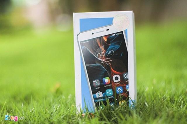 Mở hộp Lenovo Vibe K5, thiết kế đẹp giá 3,5 triệu