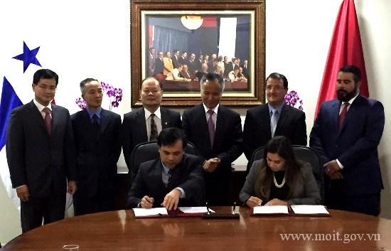 Kỳ họp lần I UBHH về Hợp tác Kinh tế, Thương mại và Đầu tư Việt Nam - Panama