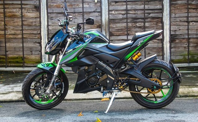 Yamaha FZ150i độ phong cách môtô phân khối lớn ở Sài Gòn