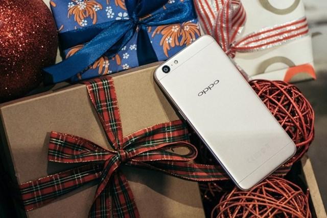 4 lý do chọn Oppo A39 là quà Giáng sinh