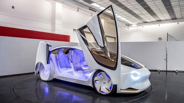 Toyota tham gia sân chơi xe tự lái với Concept-i