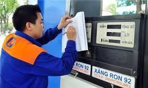 Giá xăng ổn định, giá dầu giảm