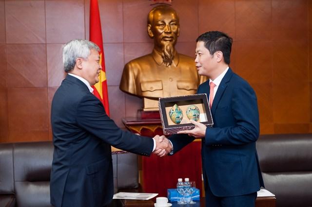 Bộ trưởng Trần Tuấn Anh tiếp Đại sứ In-đô-nê-xi-a tại Việt Nam