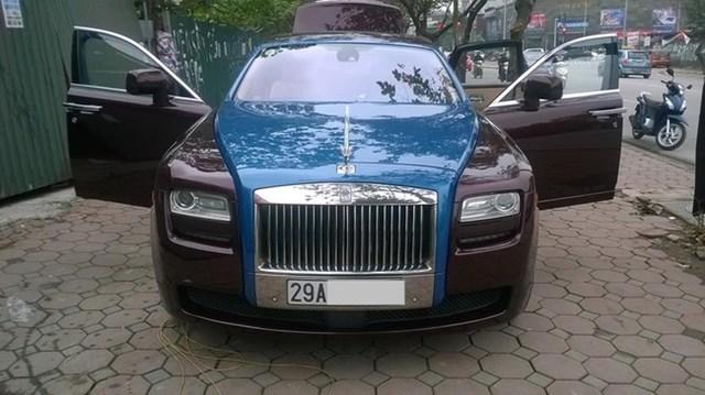 Rolls-Royce Ghost màu lạ xuất hiện tại Hà Thành