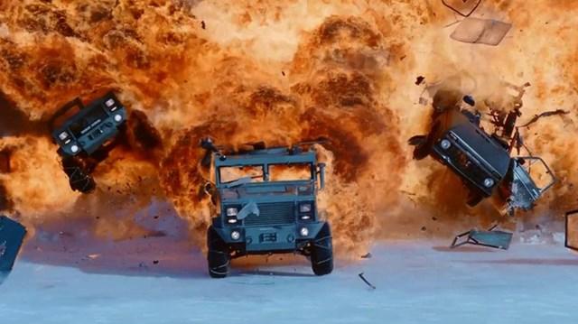 """Trailer mới của """"Fast and Furious 8"""" với loạt cảnh phá xe khiến khán giả phát sốt"""