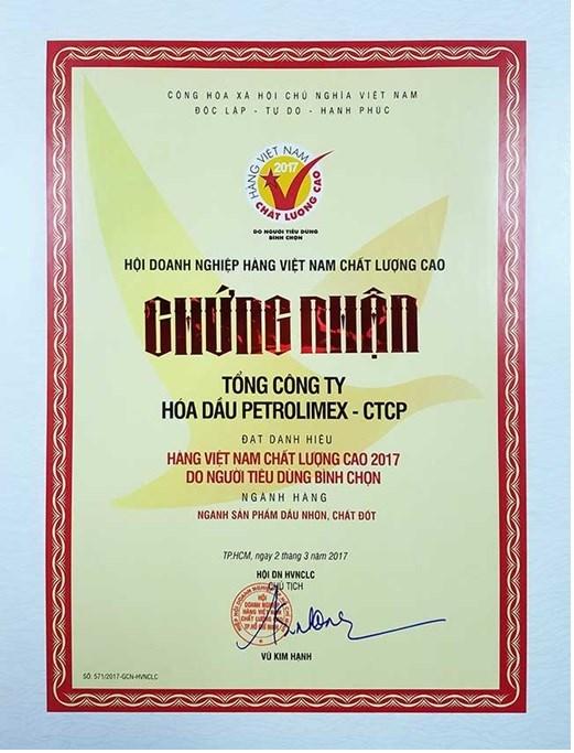 PLC được trao chứng nhận Hàng Việt Nam chất lượng cao năm 2017