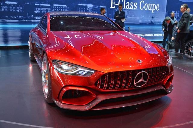 """Xem """"quả bom sex 4 bánh"""" Mercedes-AMG GT Concept lăn bánh ra khỏi triển lãm Geneva 20"""