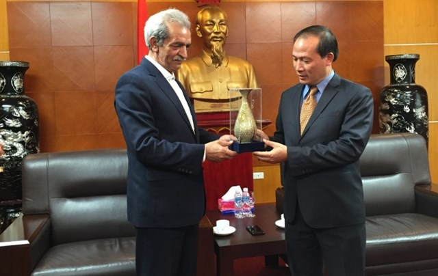 TT Cao Quốc Hưng tiếp xã giao Chủ tịch Phòng TM, CN Mỏ và Nông nghiệp I-ran