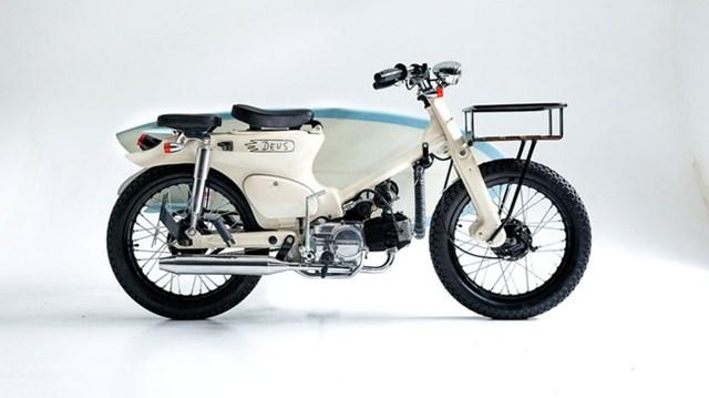 Làm quen với chiếc Honda Super Cub độ dùng động cơ xe ga