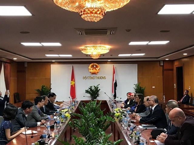 Thứ trưởng Cao Quốc Hưng tiếp Bộ trưởng Bộ Đầu tư và Hợp tác quốc tế Ai Cập