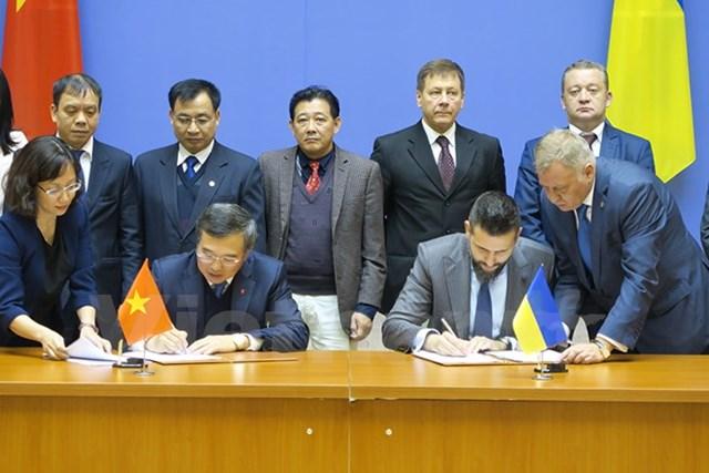 Khóa họp lần thứ 14 của Ủy ban Liên chính phủ Việt Nam – Ukraine