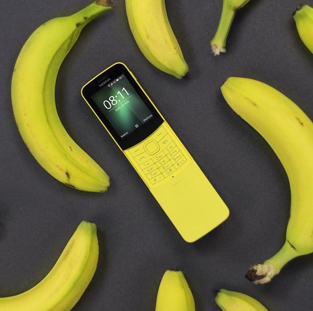 """Nokia 8810 """"huyền thoại"""" đã được tái sinh tại Việt Nam, giá chỉ 1.68 triệu đồng"""