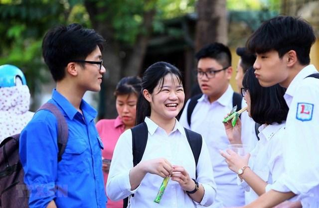 Hà Nội: 37 trường công lập hạ điểm chuẩn vào lớp 10 năm 2019