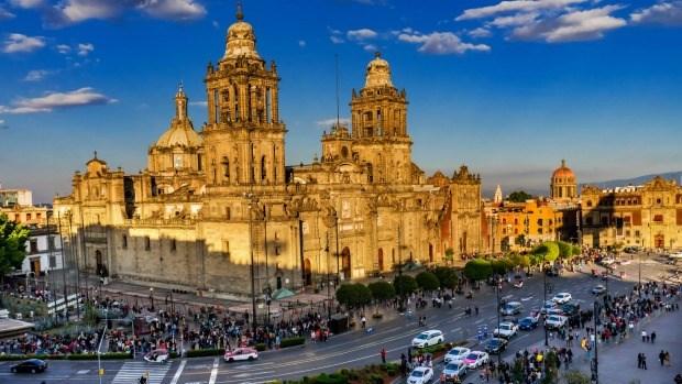 Xuất khẩu điện thoại các loại và linh kiện sang Mexico 5T/2019 tăng trưởng mạnh mẽ