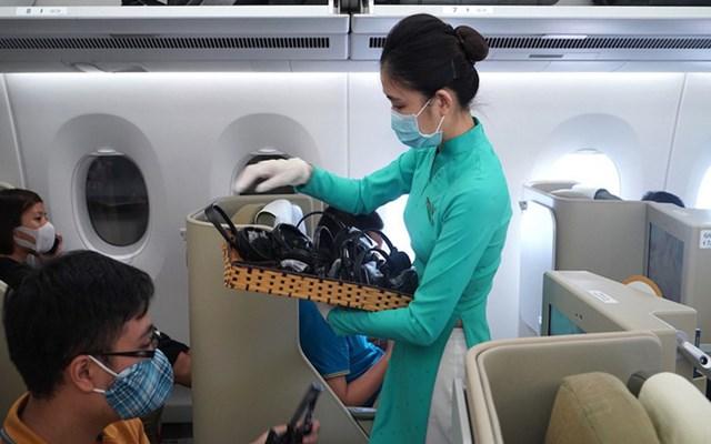Khách có thể bị cấm bay vĩnh viễn nếu giấu bệnh dịch để lên tàu bay