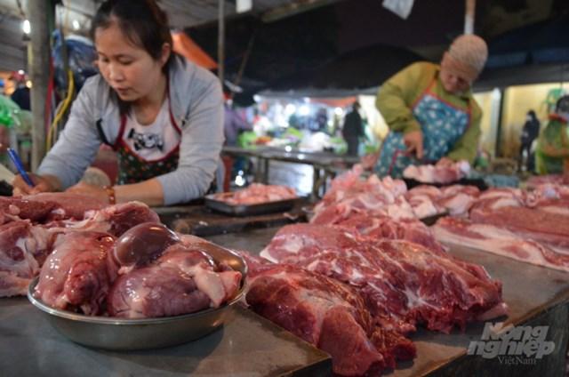 Người Hà Nội chưa bỏ được thói quen ăn thịt nóng