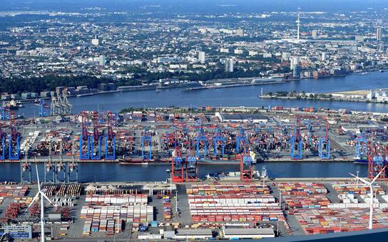 Tại sao các tập đoàn đa quốc gia thích đặt nhà máy ở Việt Nam
