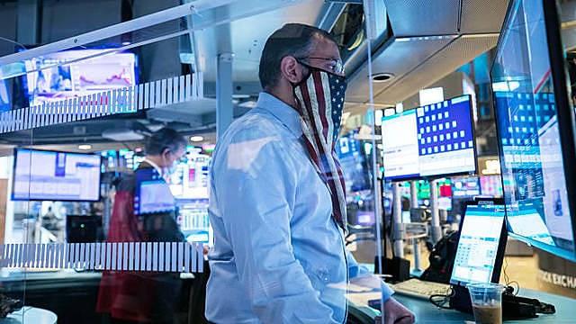 Tin vaccine Covid-19 ảnh hưởng thế nào đến thị trường năm 2021