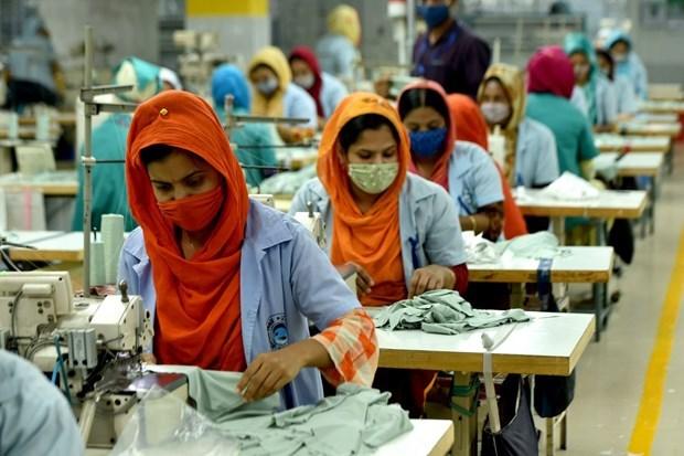 Đại dịch bùng phát tại Ấn Độ ảnh hưởng đến chuỗi cung ứng thời trang