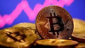 'Hốt bạc' nhờ đào Bitcoin ngay tại giếng dầu mỏ