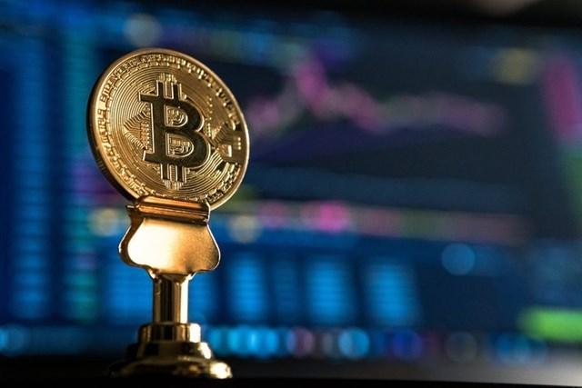 Hàng loạt quốc gia siết chặt kiểm soát, Bitcoin, Ether có cửa trở lại?