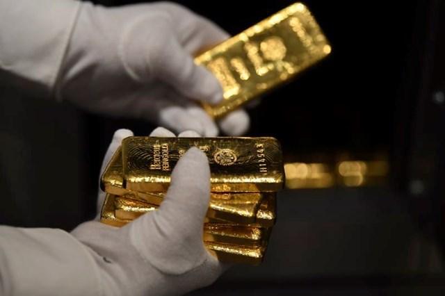 Giá vàng tăng chóng mặt sau phát biểu của Chủ tịch Fed