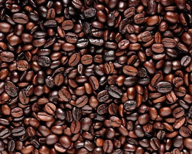 TT cà phê ngày 22/10: Giá giảm tiếp 200 đồng tại các vùng trọng điểm
