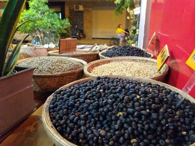 TT cà phê tuần 40: Giá sụt giảm do hoạt động giao dịch trầm lắng
